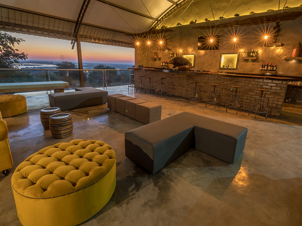 Pangolin Chobe Hotel 04