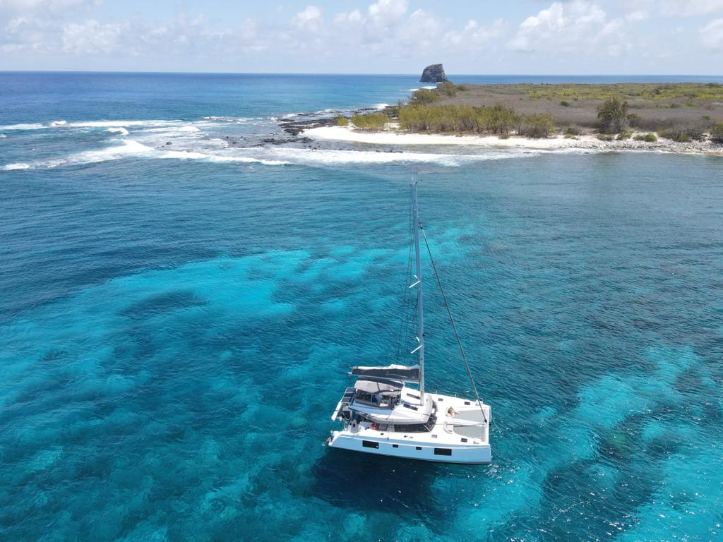 mauritius yacht charter featured image